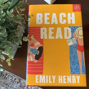 Beach Read by Emily Henry hardcover book ✨